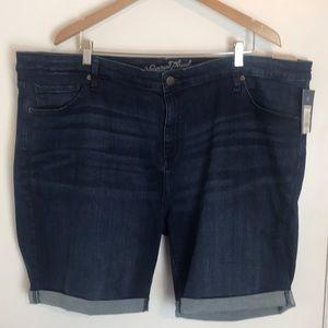 Universal Thread Dark Denim Shorts NWT 26W